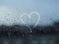 Lagu-lagu yang mengangkat tema hujan