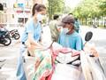 Miss Vietnam beauties lend helping hand to poor people in HCM City