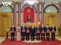 Staatspräsident weist den Botschaftern Aufgaben zu