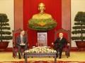 응우옌 푸 쫑 (Nguyễn Phú Trọng) 서기장, 다니엘 크리튼브링크 (Daniel J. Kritenbrink) 주 베트남 미국 대사 접견