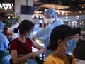 胡志明市要加速进行疫苗接种,河内调整新冠肺炎防疫措施