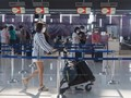 """タイ 観光客受け入れ本格的に再開へ 日本など """"隔離免除"""""""