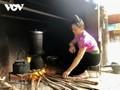 Topf zum Klebreiskochen in der Familie der Volksgruppe der Thai im Nordwesten