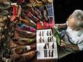 """Tác phẩm """"Nghệ nhân đóng giày tuổi 90"""" đoạt Huy chương Bạc thi ảnh quốc tế"""