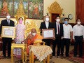 Giáo hội Phật giáo Việt Nam trao quà hỗ trợ chư tăng Phật giáo và kiều bào tại Campuchia
