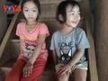 បងប្អូនជនជាតិ Thai ភាគពាយព្យផ្ដាំផ្ញើរគោលបំណងពីសុខភាពនិងក្ដីសុខសាន្តត្រាណតាមរយៈទម្លាប់ចងអំបោះដៃ