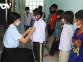 Kon Tum estimula a los menores étnicos a acudir a las aulas