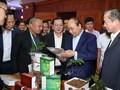 Premierminister Nguyen Xuan Phuc nimmt am Forum für Startup-Jugendliche teil