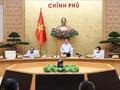Премьер-министр Фам Минь Тинь требует более решительных мер по противодействию COVID-19