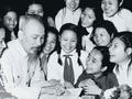 ประธานโฮจิมินห์สถิตในดวงใจชาวเวียดนามนิรันดร์