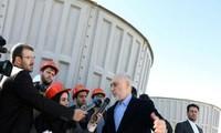 AS menghentikan pembebasan sanksi terhadap berbagai proyek yang bersangkutan dengan permufakatan nuklir Iran