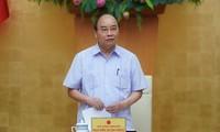 PM Nguyen Xuan Phuc memimpin sidang Badan Harian Pemerintah tentang Covid-19