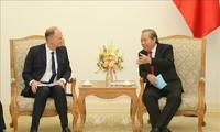 Vietnam ingin melakukan kerjasama dengan semua negara dalam mengembangkan rantai pasokan dan industri penunjang