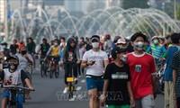 Indonesia mempertimbangkan mengenakan kembali langkah-langkah pembatasan secara serius karena wabah Covid-19