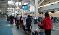 Memulangkan warga negara Vietnam dari Kanada dan Republik Korea kembali ke Tanah Air