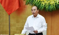 PM Nguyen Xuan Phuc mengirim surat pujian kepada para petugas medis