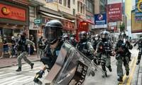 Hubungan diplomatik Tiongkok-Uni Eropa menjadi tegang karena masalah Hongkong (Tiongkok)