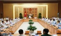 PM Nguyen Xuan Phuc memimpin sidang Sub-komisi Sosial-Ekonomi untuk mempersiapkan Kongres Nasional ke-13 Partai Komunis Vietnam