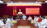 PM Nguyen Xuan Phuc melakukan rapat kerja dengan  pimpinan Provinsi Dak Lak