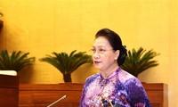 Ketua MN Vietnam Menemui Para Peserta Kongres Memuji Pola-Pola Belajar Seluruh Negeri