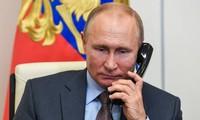 Presiden Rusia dam AS Adakan Pembicaraan Telepon