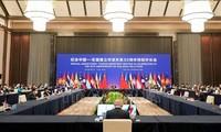 Kerja Sama ASEAN-Tiongkok: Tegaskan Komitmen dalam Tangani Masalah-Masalah Mendesak di Kawasan