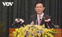 Ketua MN Vuong Dinh Hue Inginkan agar Kota Hai Phong Terus Jadi Titik Cerah Ekonomi di Seluruh Negeri