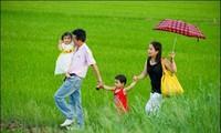 Promueve Vietnam el año de la familia 2013