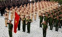 Lider partidista de Vietnam urge a la policía a forjar la ética profesional