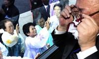 Seúl y Pyongyang discuten reunión de familias separadas por la guerra