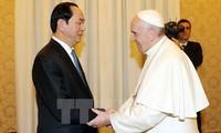 Presidente de Vietnam se reúne con papa Francisco y secretario de Vaticano
