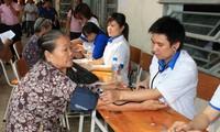 Vietnam busca mejorar el cuidado de la salud pública