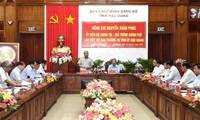 Премьер Вьетнама Нгуен Суан Фук провёл рабочую встречу в руководством провинции Хаузянг