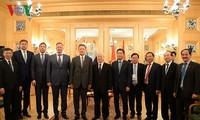 Empresas líderes de petróleo de Rusia buscan impulsar la cooperación con Vietnam