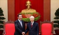 Máximo líder político de Vietnam se reúne con primer ministro de Camboya