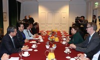 Presidenta parlamentaria de Vietnam recibida por líderes de la empresa de alta tecnología Safran