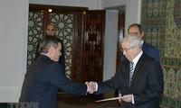 Argelia aboga por impulsar la cooperación multisectorial con Vietnam
