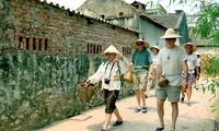 Agricultores de Ha Giang hacen turismo comunitario