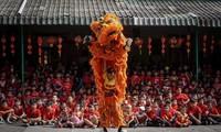 Pobladores asiáticos celebran el Año Nuevo Lunar 2020 en todo el mundo