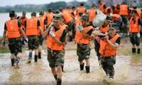 China envía siete mil soldados a la zona oriental para combatir inundaciones