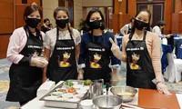 Recorrido por Colombia a través de una clase culinaria en Hanói
