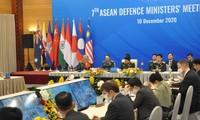 Vietnam traspasa la presidencia de ADMM y ADMM+ a Brunéi