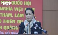 La presidenta de la Asamblea Nacional se reúne con los dirigentes principales de Quang Nam
