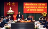 El primer ministro de Vietnam pide convertir a Tuyen Quang en una base de producción maderera del país