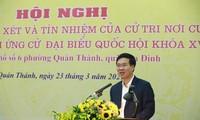 Electores de barrio de Hanói apoyan la candidatura de 7 miembros del Buró Político a diputados parlamentarios