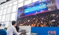Vietnam insta a unir las manos para solventar el problema global