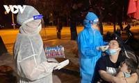 Vietnam registra más contagios mientras el equipo de médicos del Hospital Cho Ray cumple su misión en Bac Giang