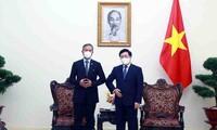 Vietnam y Singapur afianzan la cooperación para el desarrollo mutuo y la prosperidad regional