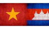 Líderes vietnamitas felicitan a sus homólogos de Camboya en ocasión de 70 años de la fundación del PPC