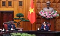 Vietnam y Estados Unidos se comprometen a afianzar la cooperación en sectores clave